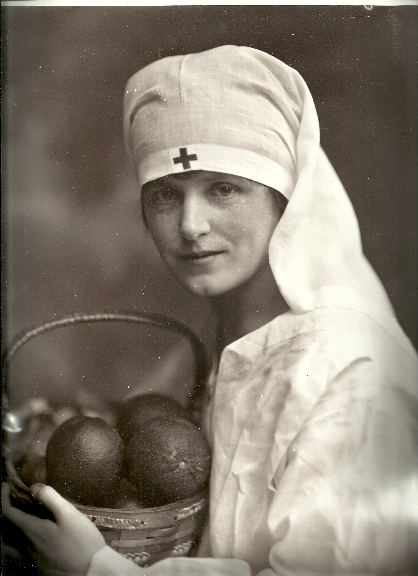 1915-1920, portrait of Helen Stewart